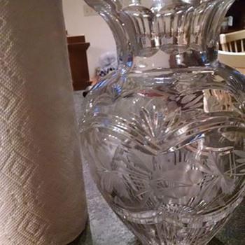 vase find