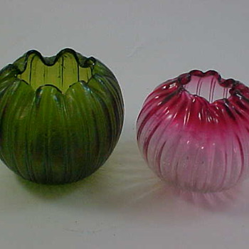 1900 Kralik Rose Bowl for Deanteaks - Art Glass