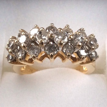 Stunning diamond ring - Fine Jewelry