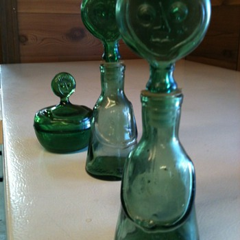 Face bottles and jar