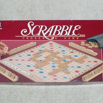 1989 Scrabble Game - Games