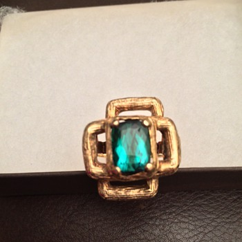 Green Tourmaline and gold ring