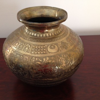 Brass Pot - Asian