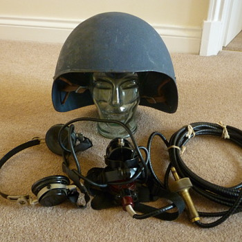 WW11 US Navy Talker helmet - Military and Wartime