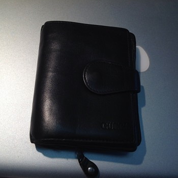 black mens gucci wallet