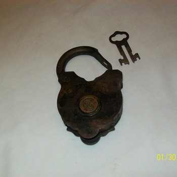 Antique padlock - Tools and Hardware