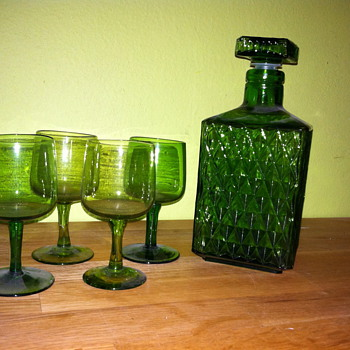 Great grandpa's liquor set. - Glassware