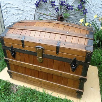 Excelsior Oak Slat Trunk Restored - Furniture