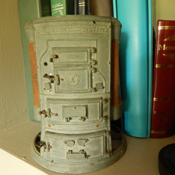 Round Oak Stove collectible  - Advertising