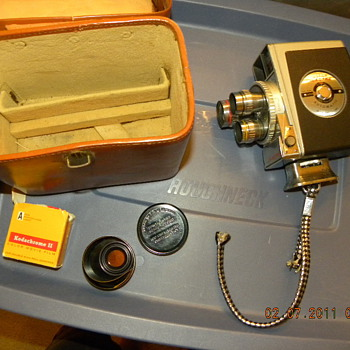 DeJur Electra 8mm 3 Lens Wind-up Movie Camera - Cameras