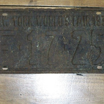 1939 World fair N.Y license plate - Signs