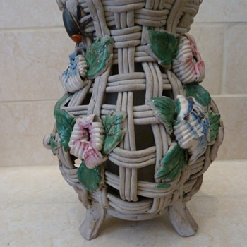 Antique Japan vase - Art Pottery