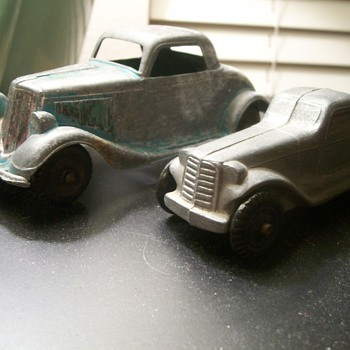 Two New Zinc Cars Added to My Collection