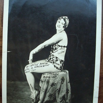 1920&#039;s Show Girl signed photo. - Photographs