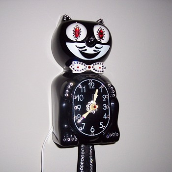 1960's Jeweled Kit-Cat Clock