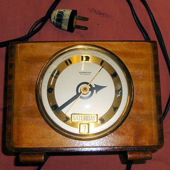 "Hammond Day and Date Calendar Clock, ""Tripoli"", 1938 Case Model 3 - Art Deco"