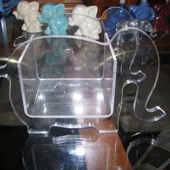 Clear plastic box elephant - Animals
