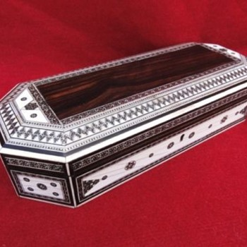 Anglo Indian Sadeli Box - Furniture