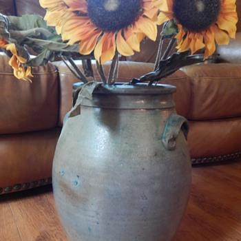 green pot - Art Pottery