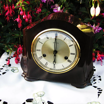 New Bakelite  - Clocks