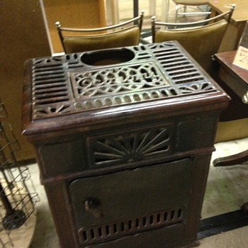 I bought this vintage Comstock Castle coal/wood stove & cant find any info on it? I'm thinkng of getting it restored to good e  - Kitchen