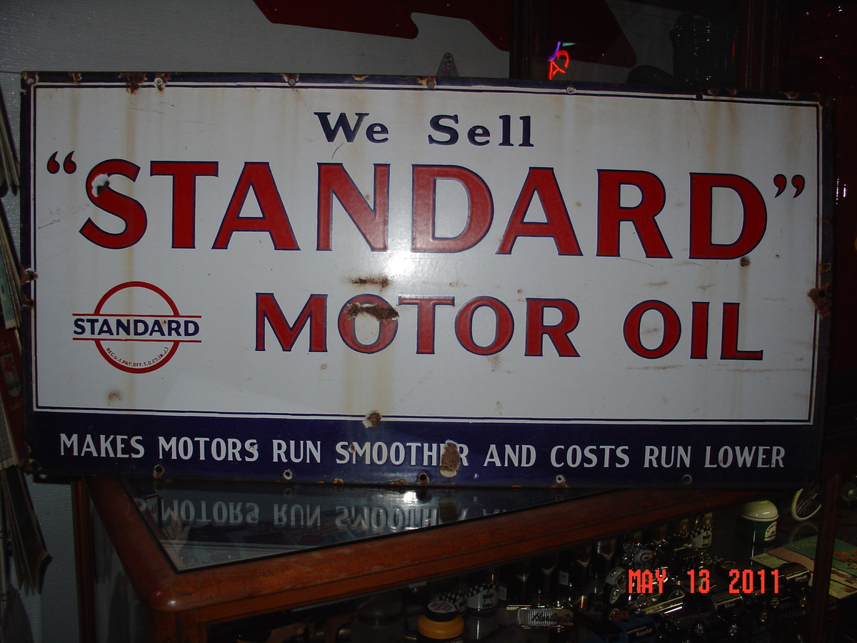 We sell standard motor oil porcelain sign three colors for Sell used motor oil