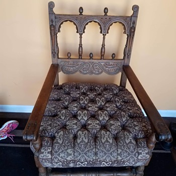 What and when is this chair???????  thanks - Furniture