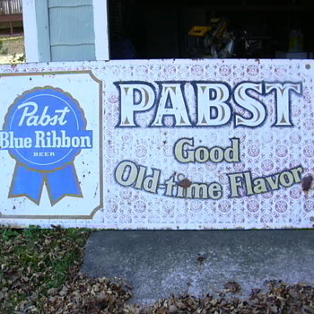 outdoor pabst sign