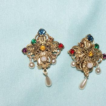 Rhinestone Costume Vintage Earrings - Costume Jewelry