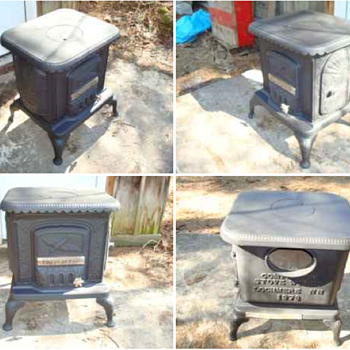 vintage wood stove  - Kitchen