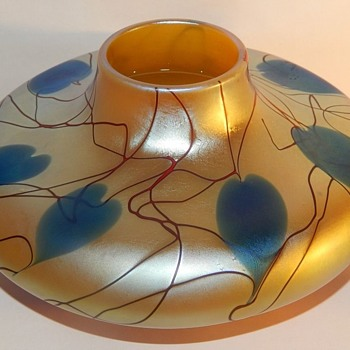 Phoenix Studio-Carl Radke Heart and Vine Vase. - Art Glass