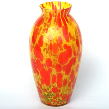 Kralik Yellow and Red Oil spot mottled vase - Art Glass