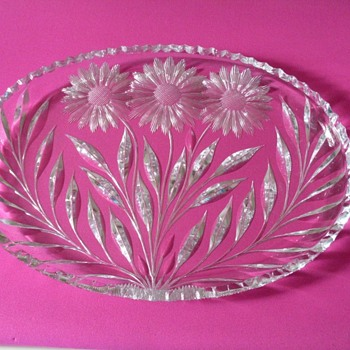 MAKER ON CUT GLASS DISH OR PATTERN?