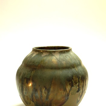 french art deco vase in metallic glaze, leon elchinger - Art Deco
