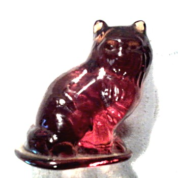 "Cute Little 3"" Glass Cat Figurine/Heavy Dark Honey Colored Glass/ No Mark / Unknown Age - Art Glass"