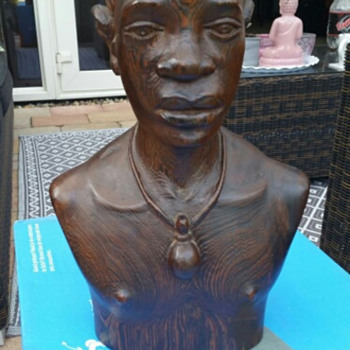 Massengo Wooden Buste / Sculpture  (Congo) (Signed) - Visual Art