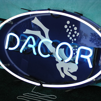 Oue Vintage DACOR Diving Equpment Working Neon