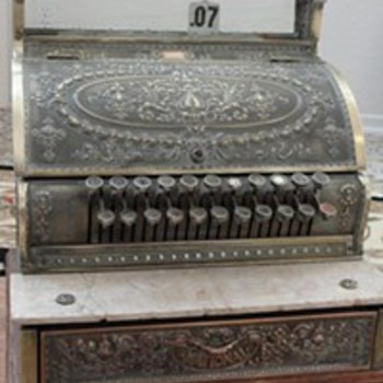 antique 1913 cash register