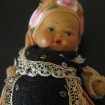 "Vintage 5"" composition doll - Dolls"