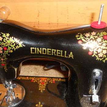 CINDERELLA SEWING MACHINE