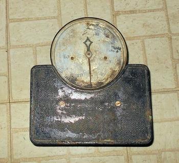 Antique detecto bathroom scale collectors weekly for Big w bathroom scales