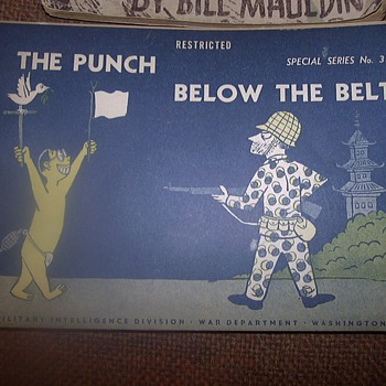 WWII BOOKLETS - Military and Wartime