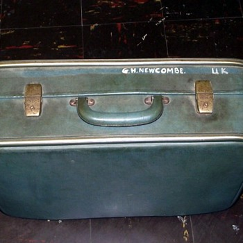 1960s-suitcase. - Bags
