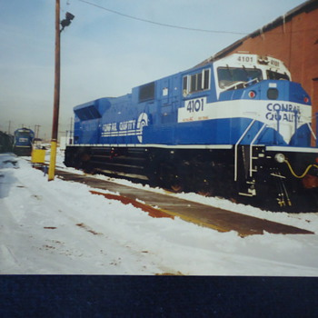 CONRAIL TRAIN,,PHOTO..4X6.. - Railroadiana