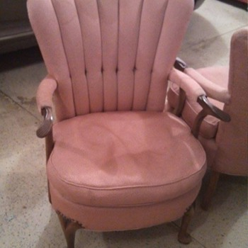 What kind of chair is this?