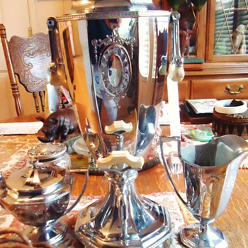 Coffee! with cream and sugar! 1924 Art Deco Electric Percolator, like new! works perfect!! - Kitchen