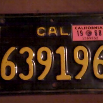 CA motorcycle plate 1968 - Signs