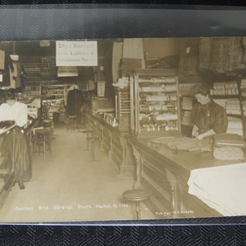 "PHOTO OF THE ""GENERAL STORE"" IN A RURAL ILLINOIS TOWN NAMED ""WALNUT"" c. 1910"