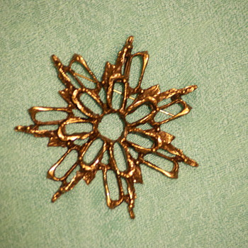 Knut Paulsen Pin/Pendant - Costume Jewelry