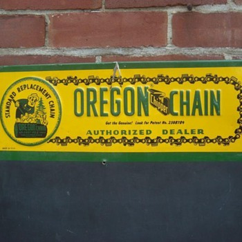 VINTAGE OREGON CHAIN SAW ADVERTISING METAL SIGN & CHALK BOARD!